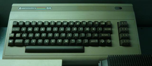 Michel Dubois : Main - D'autres consoles/ordinateurs à